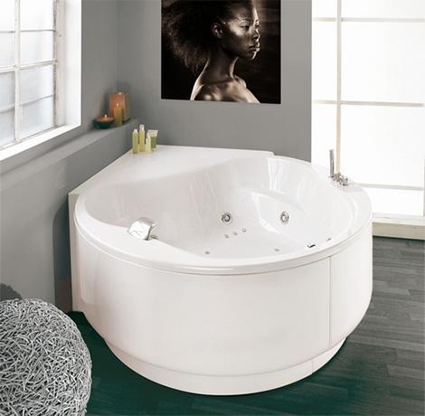 puntoacqua bathtub corner globe Whirlpool Bathtub from Puntoacqua   bubble away your troubles with Italian whirlpools