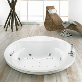 Whirlpool Bathtub from Puntoacqua – bubble away your troubles with Italian whirlpools