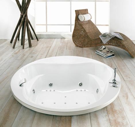 puntoacqua bathtub globe Whirlpool Bathtub from Puntoacqua   bubble away your troubles with Italian whirlpools
