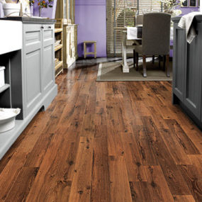 Vintage oak flooring from Quick Step – the dark varnished oak floor