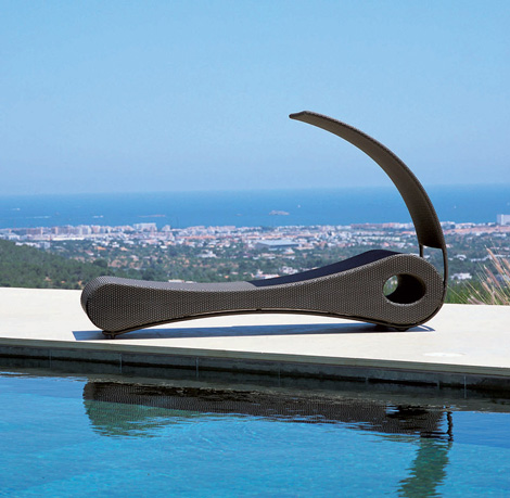 Mocca Chaise lounge with sunshade
