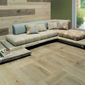 Raw Oak Sofa Design by Cadorin