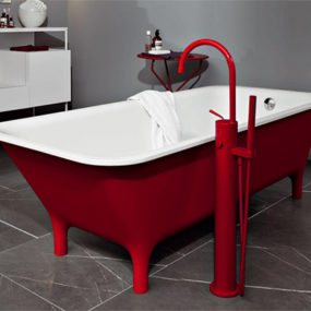 Red Freestanding Bath – Morphing by Zucchetti Kos