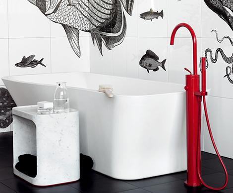 red freestanding faucet zucchetti 1.jpg Red Freestanding Faucet by Zucchetti