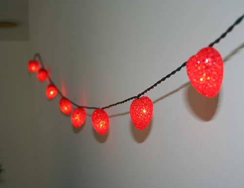 red heart string lights 5
