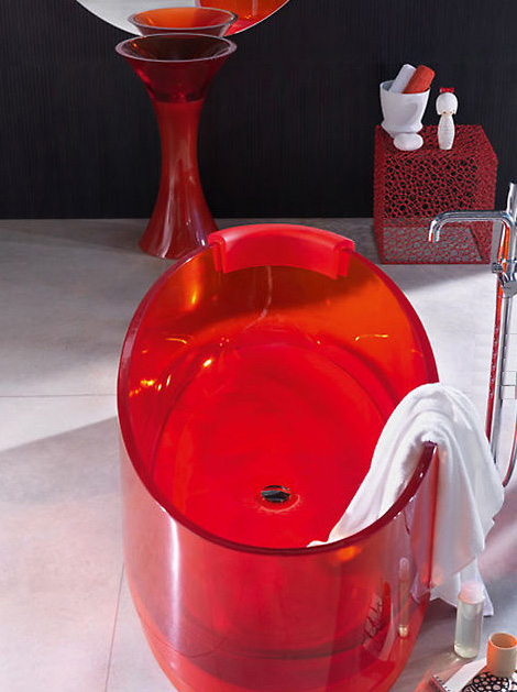 regia jolie bath Glass Bathtub Jolie from Regia   colorful and clearly refreshing!