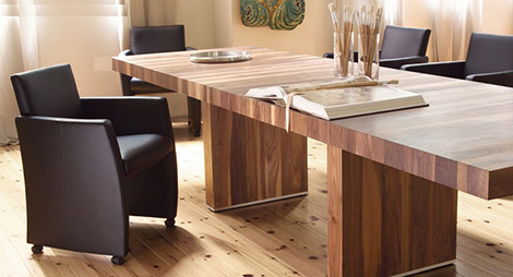 rodamdiningtable1 Pure Wood Dining Table by Rodam   extendable design in gorgeous natural wood