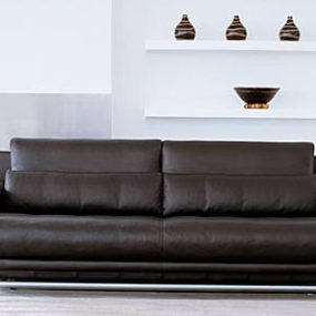 Transitional Sofa Rolf Benz 6500 – the timeless design in leather