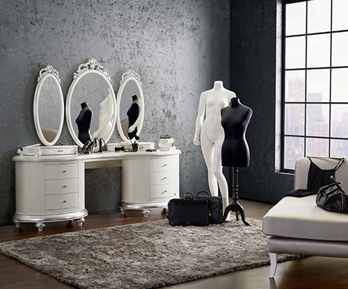 romantic-dressing-table-in-room-setting-by-jetclass-venezia-3.jpg