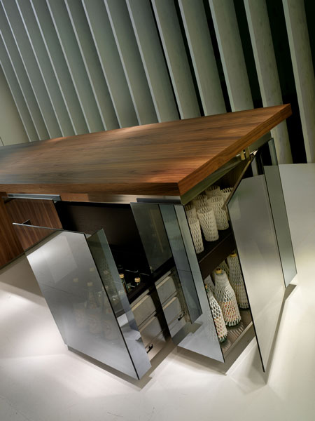 rossana kitchen geneva 4 Designer Kitchen from Rossan   Geneva (Ginevra) kitchen design in walnut, lacquer & glass