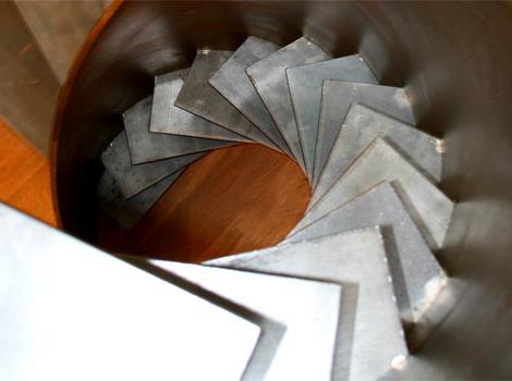 sandrini-scale-metal-spiral-staircase-design-4.jpg