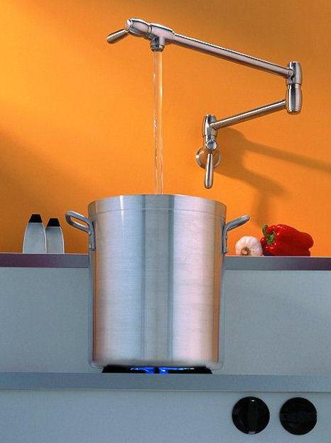santec dual control pot filler Dual Control Pot Filler from Santec   a transitional style filler