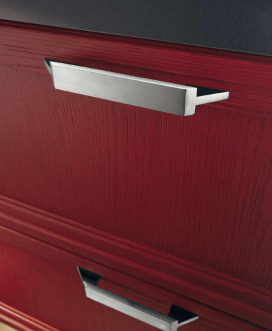 Scavolini kitchen Focus - cabinet handle detail
