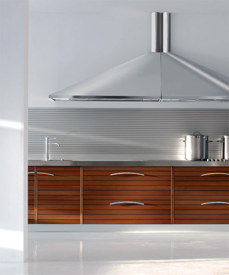 Walnut Kitchen By Schiffini