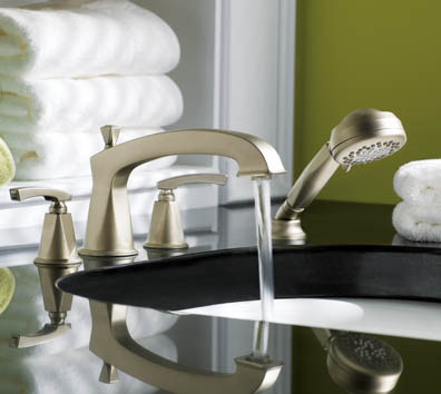 showhouse-moen-divine-bathroom-bathtub-faucet.jpg