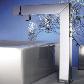 90-degree angled Bathroom Faucet by Signorini Rubinetterie: new modern Zeus