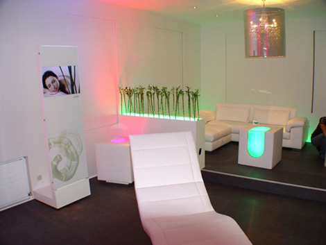 skloib furniture white box cube Programmable Furniture by Skloib   White Box cube control, the Living alive