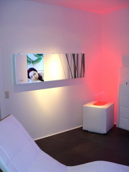 skloib-white-box-cube.jpg