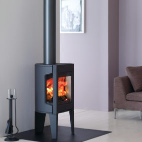 Small Cast Iron Wood Stove by Jotul – Modern F 163