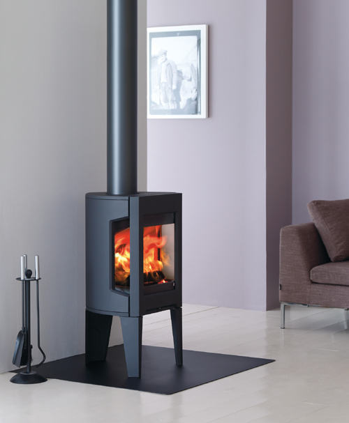 small cast iron wood stove jotul modern f163 1 Small Cast Iron Wood Stove by Jotul – Modern F 163