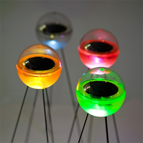 solar-light-balls-poketo-4.jpg