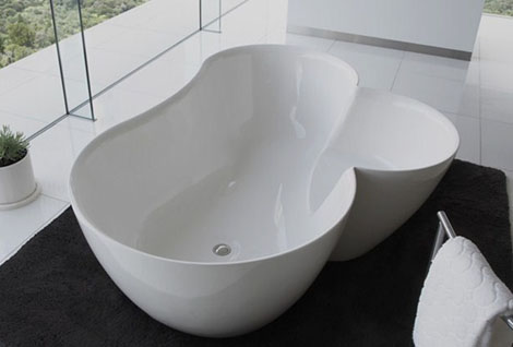 spiritual mode bathtub utuwa 1 Unique Bathtubs   Utuwa bathtub by Spiritual Mode