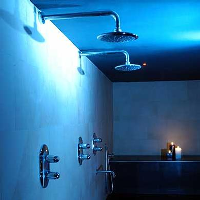 starpool-hammam-spa-cabin-chromatherapy-blue.jpg