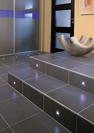 steuler design led tiles LED Tiles from Steuler Fliesen   straight luminous glass borders