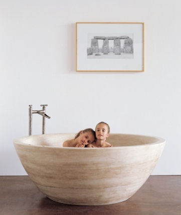 stoneforest round stone bathtub Stone soaking tub from Stone Forest   the Travertino round tub