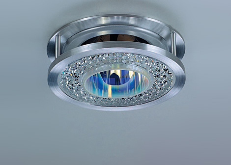 swarovskifanalight New Swarovski Crystal Ceiling Lamps   Fana and Boogie Pyramide