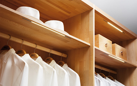 team 7 luxury closet system shelves