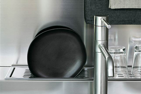 tisettanta-contemporary-kitchen-soya-faucet.jpg