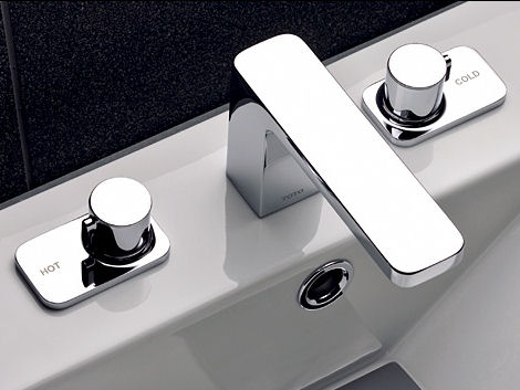 toto-renesse-widespread-lavatory-faucet.jpg