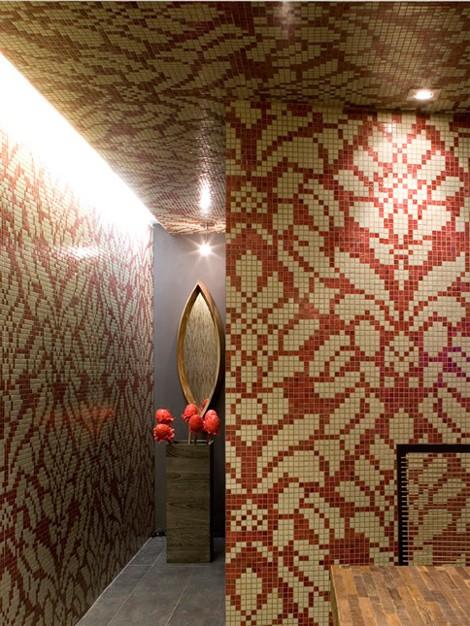 trend-tiles-wallpaper-floral.jpg