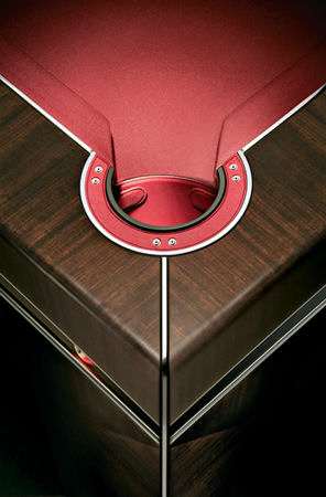 tresserra bolero nogal oscuro pool table detail Luxury European Furniture from Tresserra Collection   Luxury Pool Table