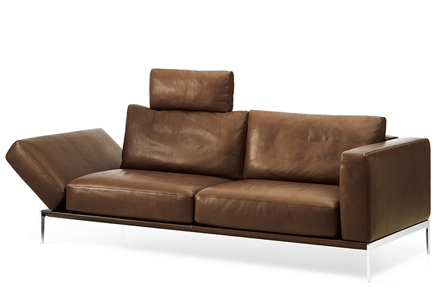 Ultra Comfy Contemporary Piu Sofa From Intertime