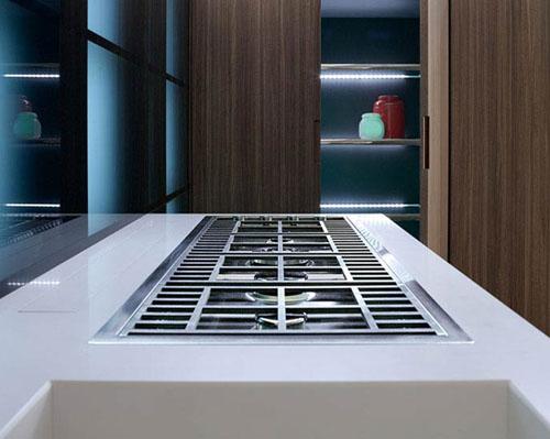 understated kitchen key glas1 alessio bassan 6