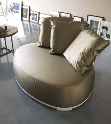 unusual loveseats porada bea 2 Unusual Loveseats by Porada