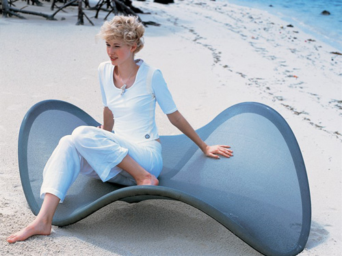 unusual seating zanotta fly 1 Unusual Seating by Zanotta – Fly