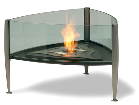 val eur outdoor fireplace trident 1 Outdoor Fireplace from Val Eur – Trident fireplace uses camera aperture principle