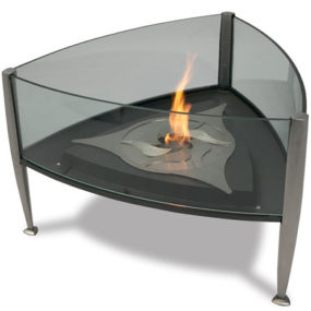 Outdoor Fireplace from Val-Eur – Trident fireplace uses camera aperture principle