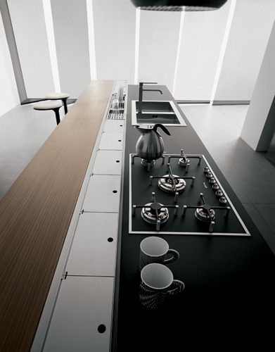 Valcucine Artematica Juglans appliances built-in into the counter