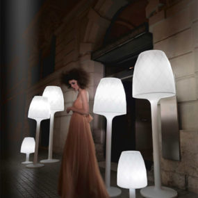 Contemporary Romantic Lighting – Vases Lampara by Vondom
