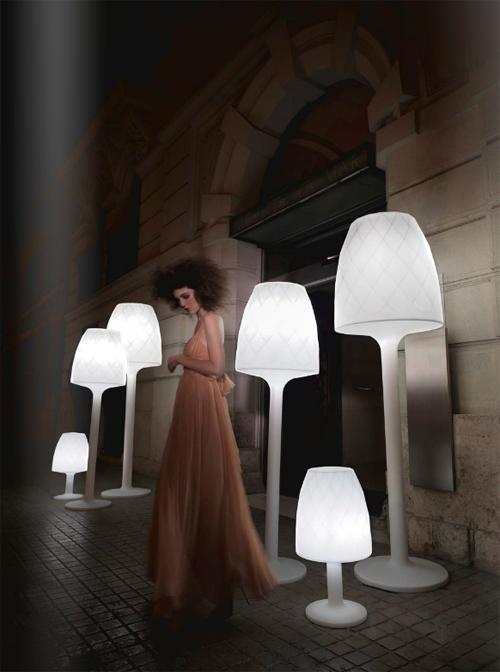 vases lampara vondom 1 Contemporary Romantic Lighting   Vases Lampara by Vondom