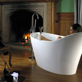 Freestanding Tubs – new Ravello & Amalfi tubs by Victoria & Albert