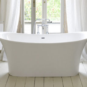 French Bathtub for French Boudoir Bathing – new Toulouse by Victoria&Albert