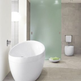 Oval Whirlpool Tub Aveo from Villeroy & Boch