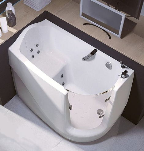 walk in tubs compact sit down treesse 2 Walk In Tubs   compact sit down tub by Treesse