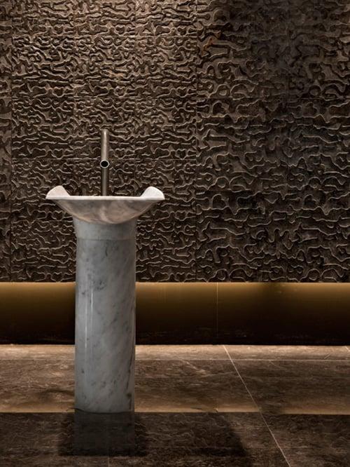 white carrara marble pedestal sink ciuri lithea 5 White Carrara Marble Pedestal Sink   Ciuri by Lithea