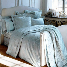 Yves Delorme bed linens – the Venise luxury French bedding